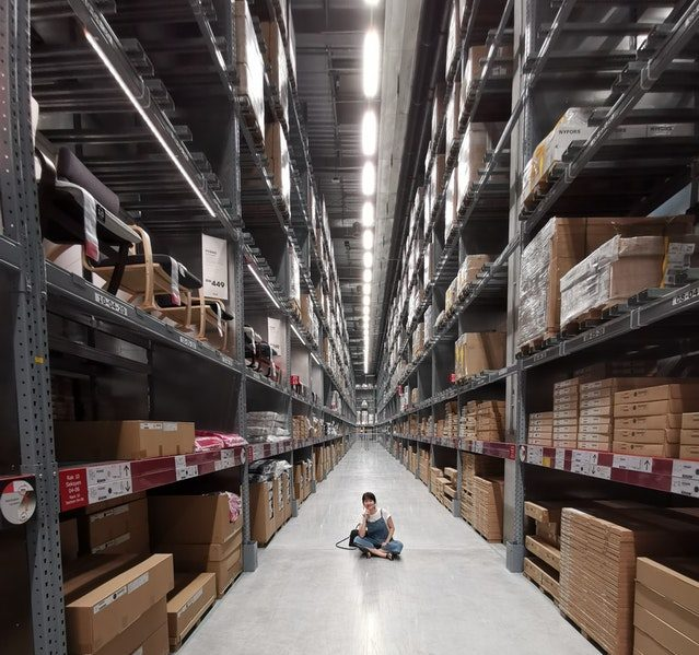There are many types of warehouse picking that you can choose for your ecommerce
