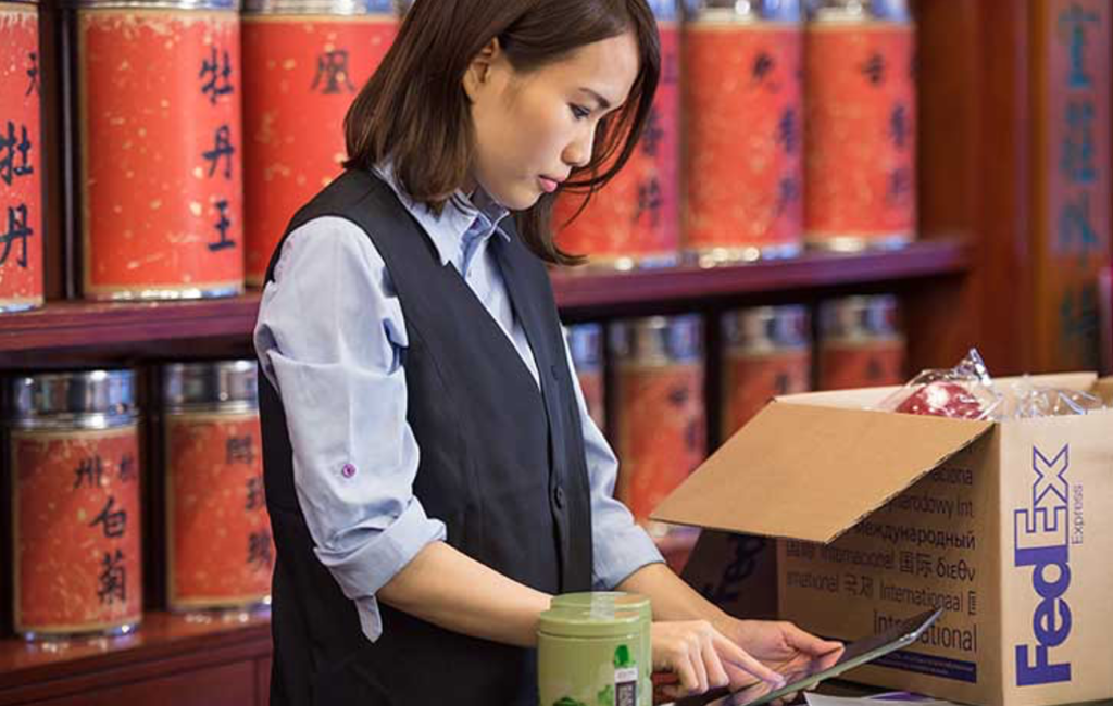 How to ship to Asia with FedEx